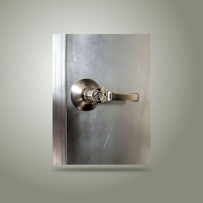 Multipor Ingreso Manija con llave